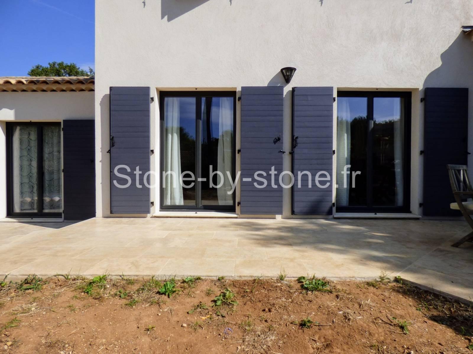 travertin 1er choix opus 4 portovecchio vente de pierre naturelle pour int rieur et. Black Bedroom Furniture Sets. Home Design Ideas